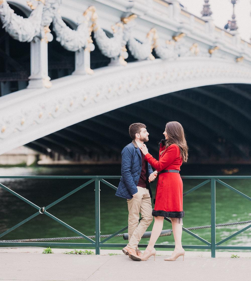 picture me paris photo session for couples engagement