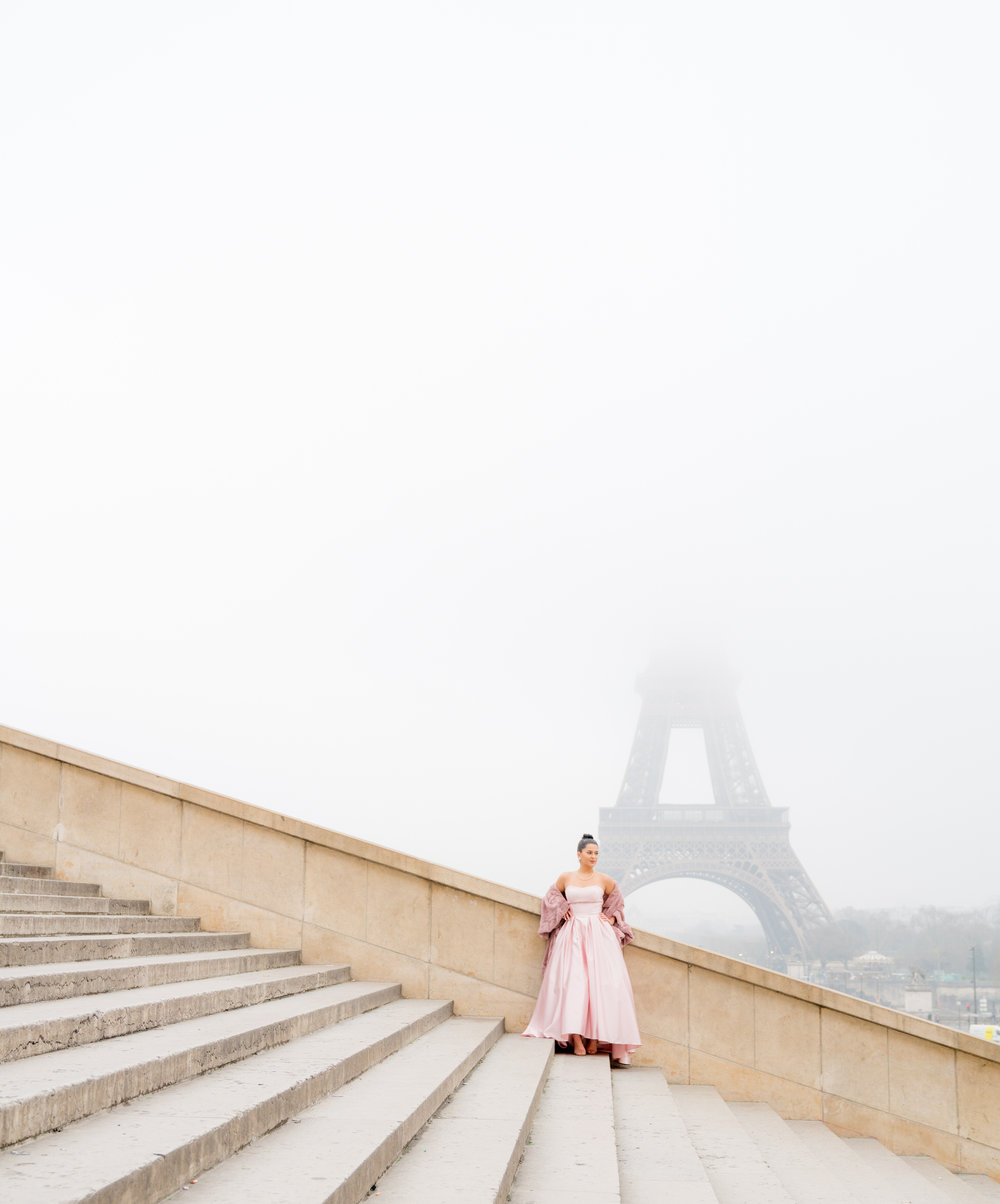 Quinceañeara in Paris photo shoot Picture Me Paris