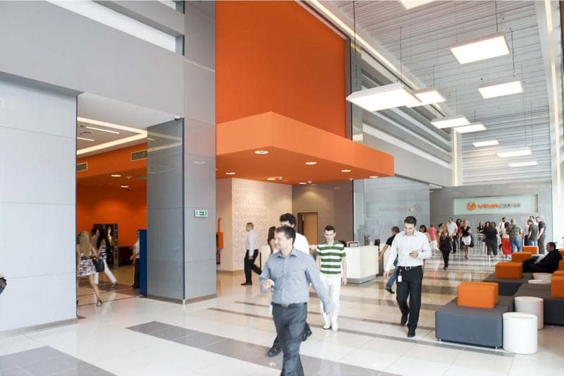Fit-out Vivacom lobby-min.jpg