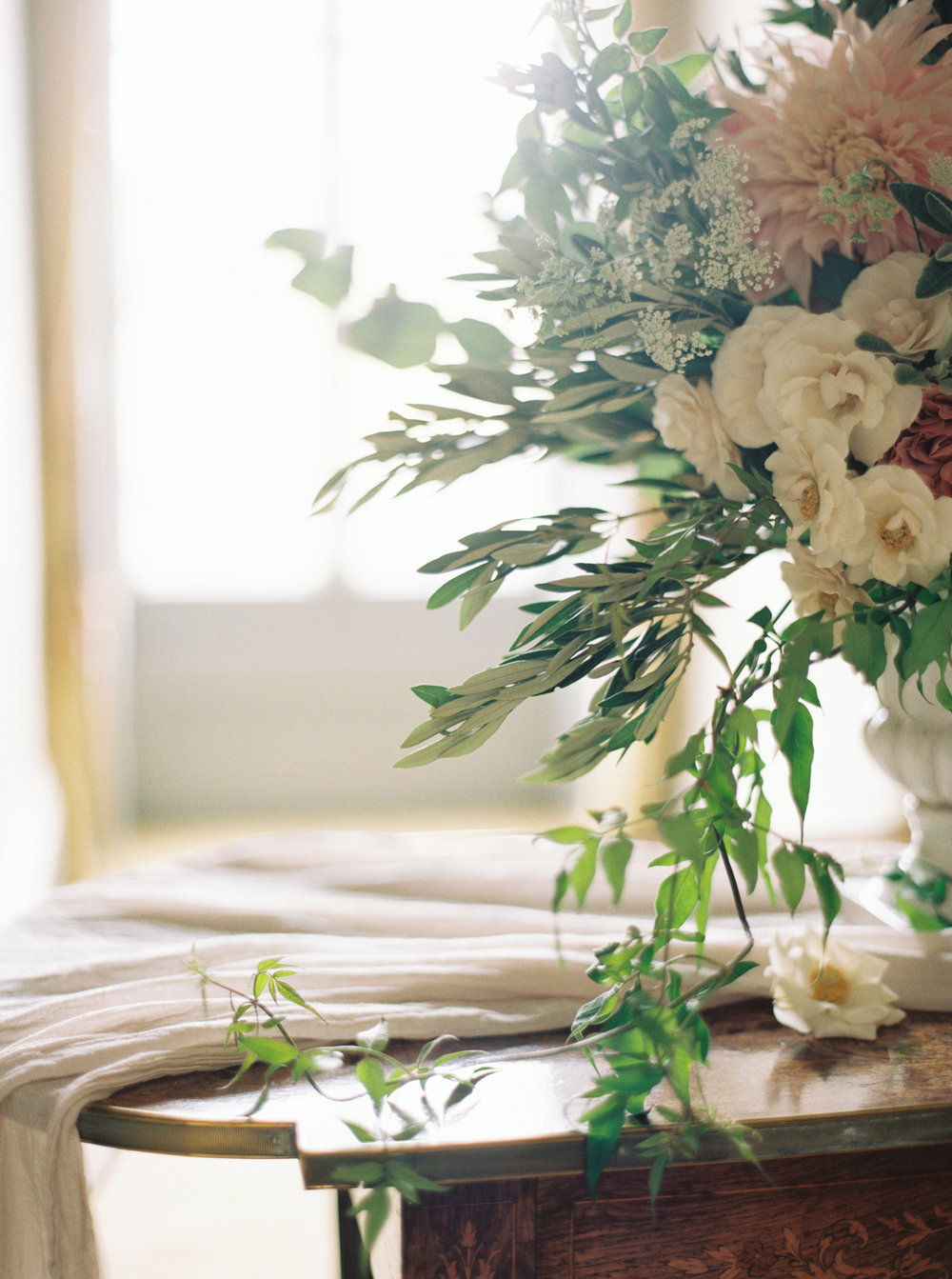 Luxury Wedding Planner UK | Lily & Sage Editorial | Nicole Colwell Photography-0306.jpg