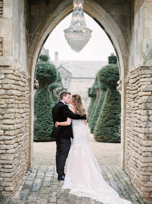 Luxury+Wedding+Planner+UK+_+Katie+&+Tom+English+Country+House+Wedding+_+Cotswolds+Wedding+_+Soft+Pink+White+and+Silver+Toned+Green+Neutral+Tones+The+Lost+Orangery+_+Katie+Julia+Photography849.jpg