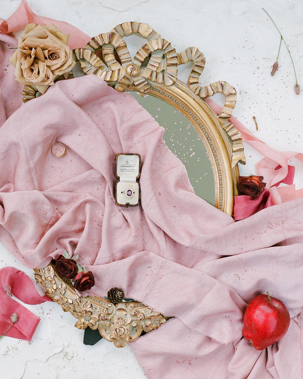 Luxury Wedding Planner | English Manor House wedding Inspiration | Molly Carr Photography