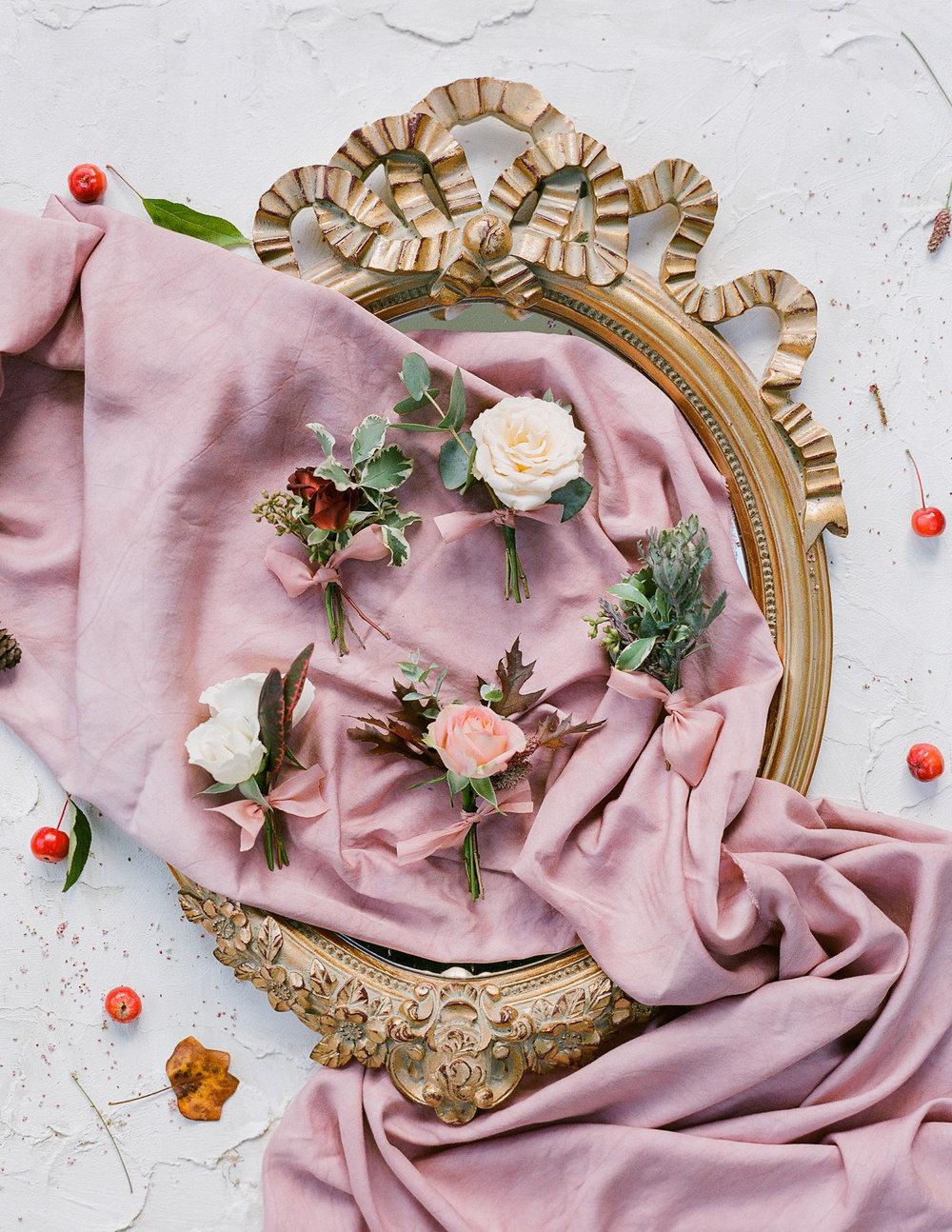 Luxury Wedding Planner UK, London & Europe | A Feminine & Refined Autumn Wedding Inspiration | English Manor Country Autumn Wedding Moody Romantic Warm Velvet Black Red and Peach Tones | Molly Carr Photography65.JPG