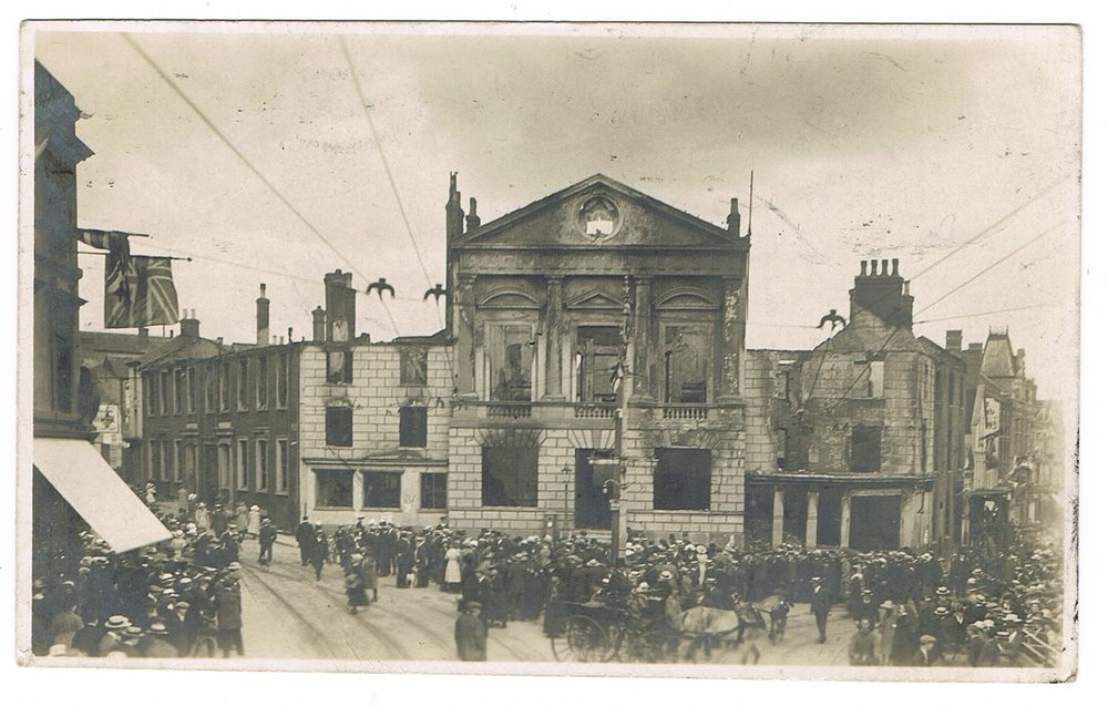 Luton Town Hall 1919.jpeg