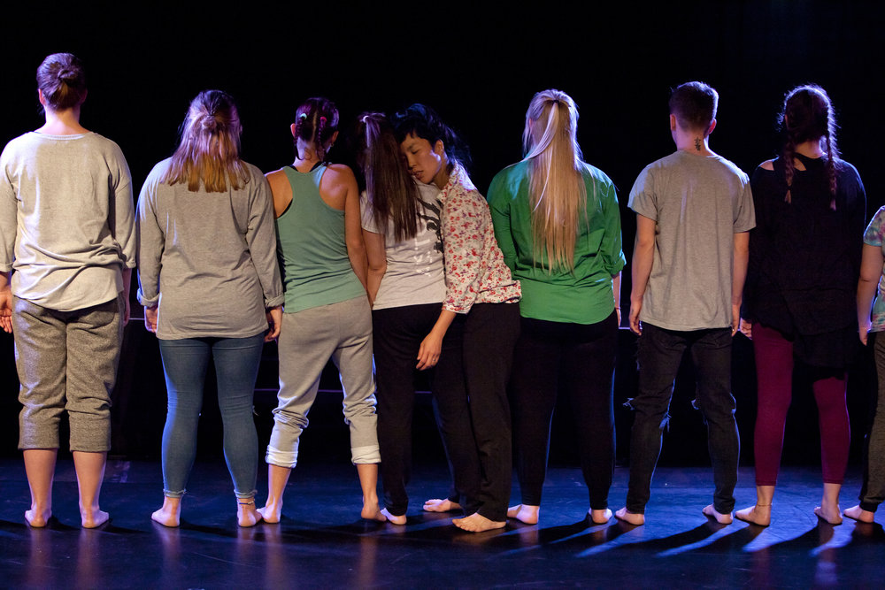 performance: human wall - By realizing the sensitivity of borders between people, dancer Sung-Im Her looked to share an exploration of our vision of global citizenship. There is a desire for this research to contribute a healthy, constructive, and progressive vision on the subject of global citizenship, A sense of place where we are living now.
