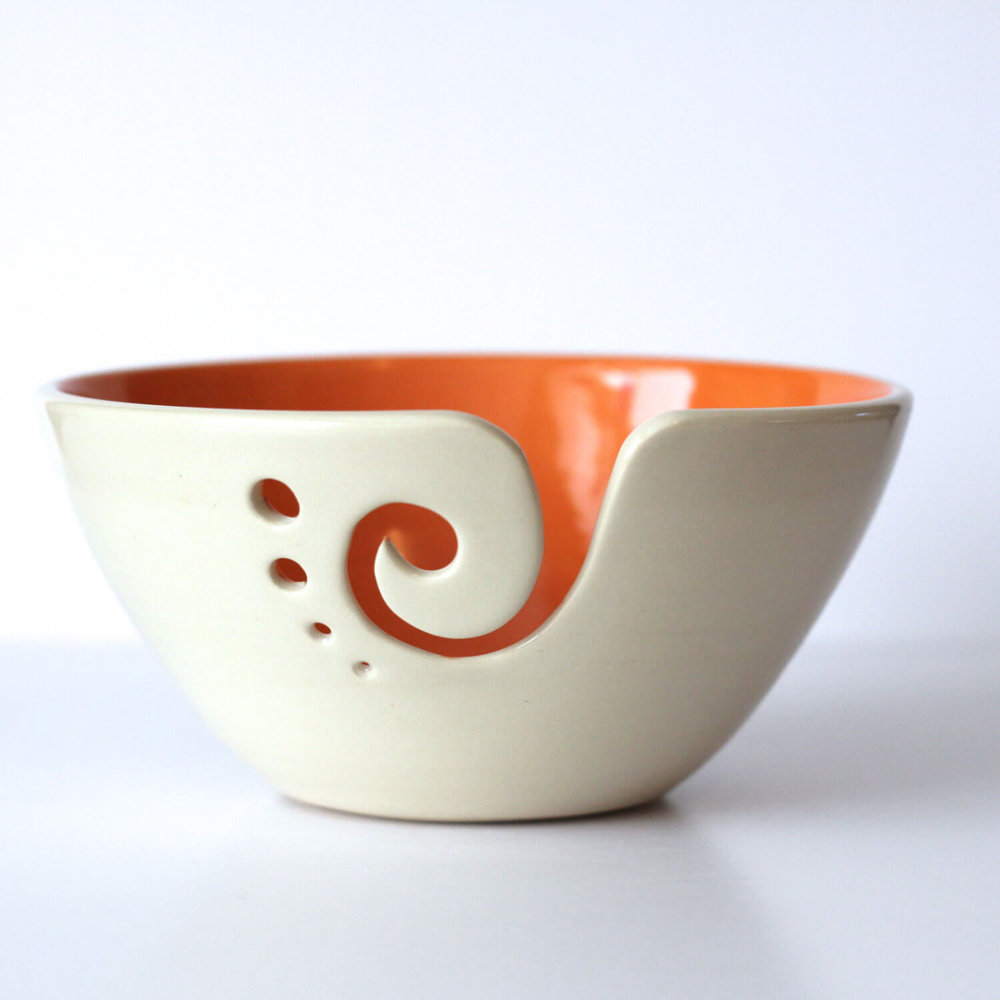 15 Christmas Gift Ideas For Knitters - yarn bowl