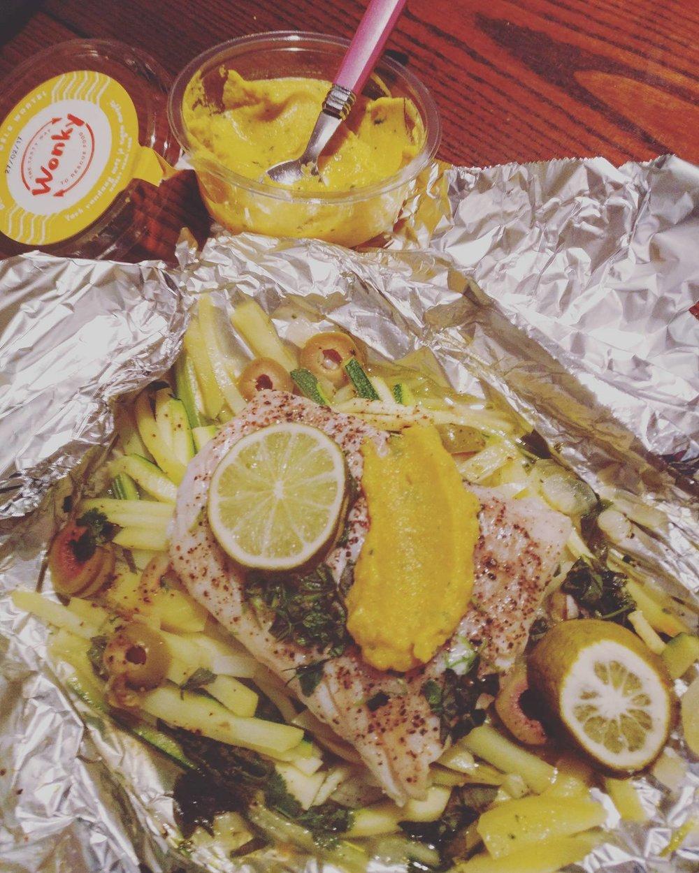 Kabeljauw in papillot met venkel, courgette en worteldip