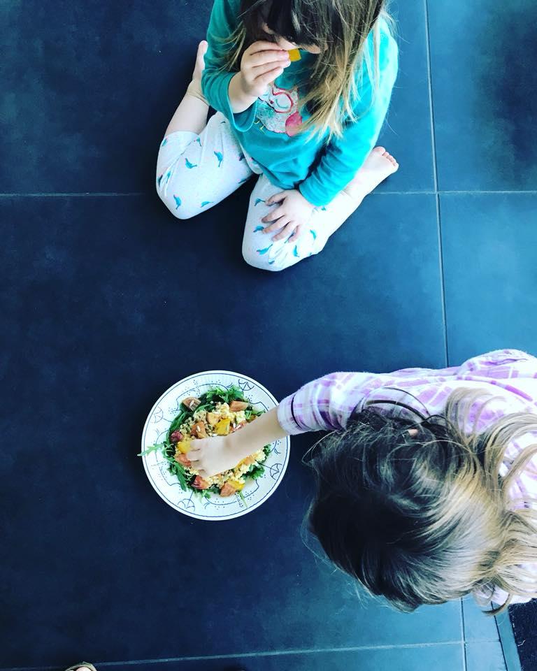 Evelien maakte dit slaatje samen met haar kleine foodies