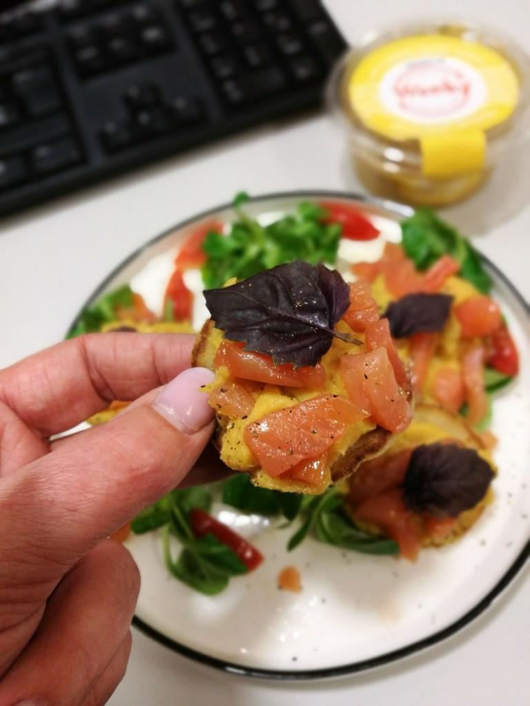 Blini's met Wonky dip en wilde zalm - Mijn Puur Leven (als gezonde snack)
