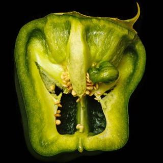 halloween snack - pepper face