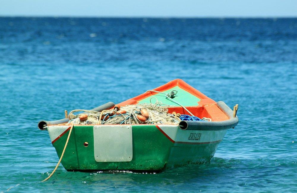 boat-207129_1920.jpg