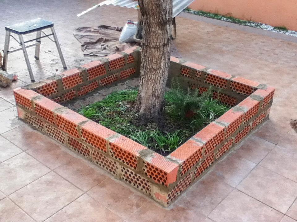 Jardineras altascopas for Jardineras para arboles grandes