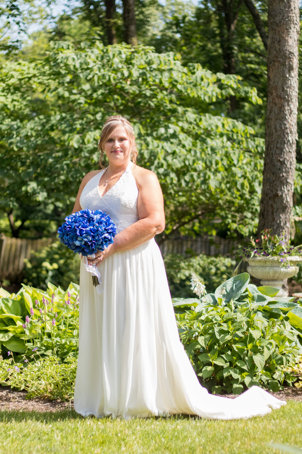 Dear Emelia Photography Bride
