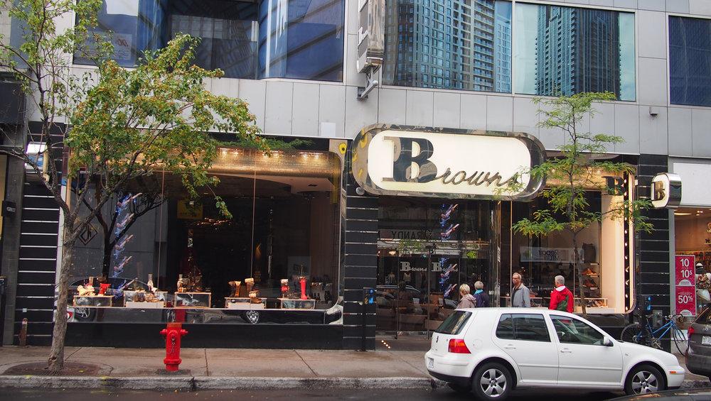 Yksi Browns kenkäketjun 50 liikkeestä (Rue Sainte-Catherine, Montreal)