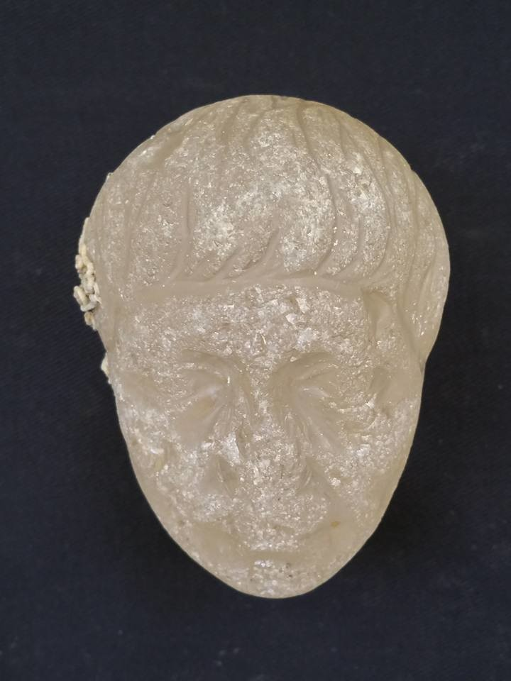 A crystal bust thought to be of Roman army commander Antonio © Ministry of Antiquities / Facebook