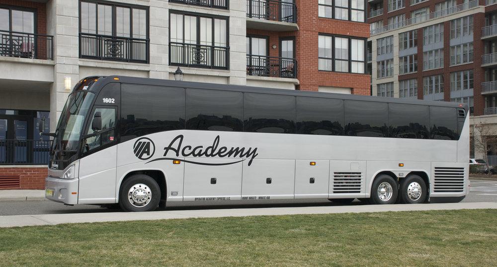 54-Guest Coach