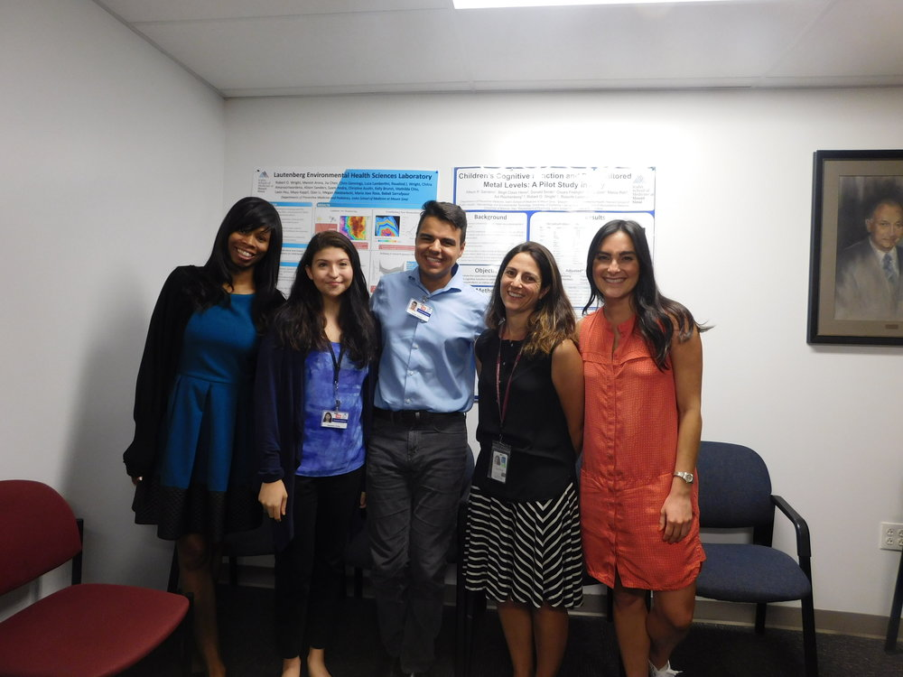 Desi and Jordan with their mentors at Mount Sinai