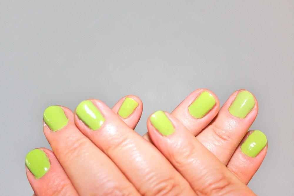 green-nail-polish.jpg