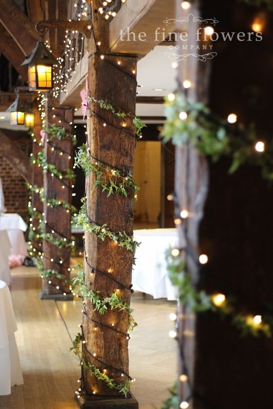 For the holiday season, you can never have enough green and garland. So, why not add some beautiful lighting to bring some magic to your winter wedding?
