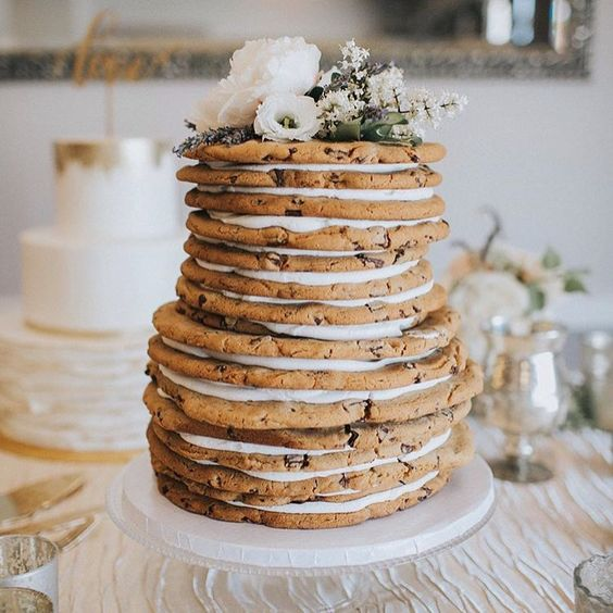 Do you love chocolate chip cookies? If so, this might be the untraditional wedding cake for you!