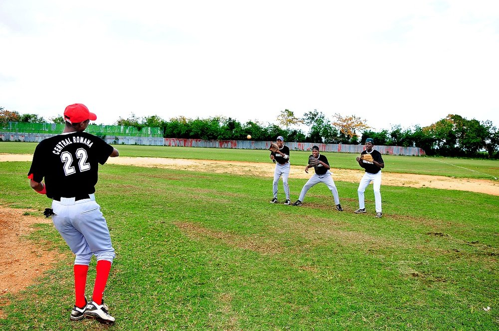 Inter-Divisional Baseball Tournament starts in the CRC  bateyes