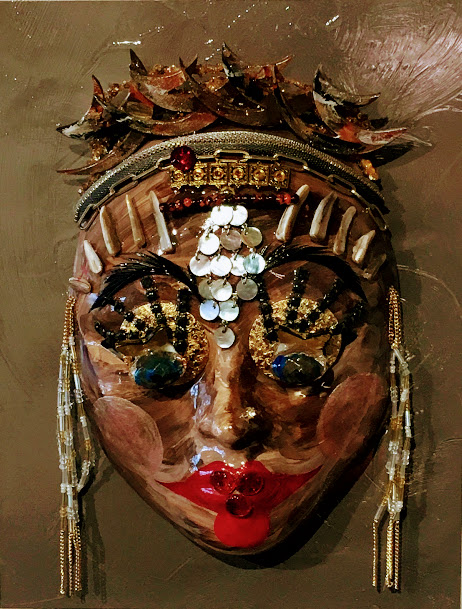 Aboriginal Mask, Gold with Red Lips by Maureen Robbins