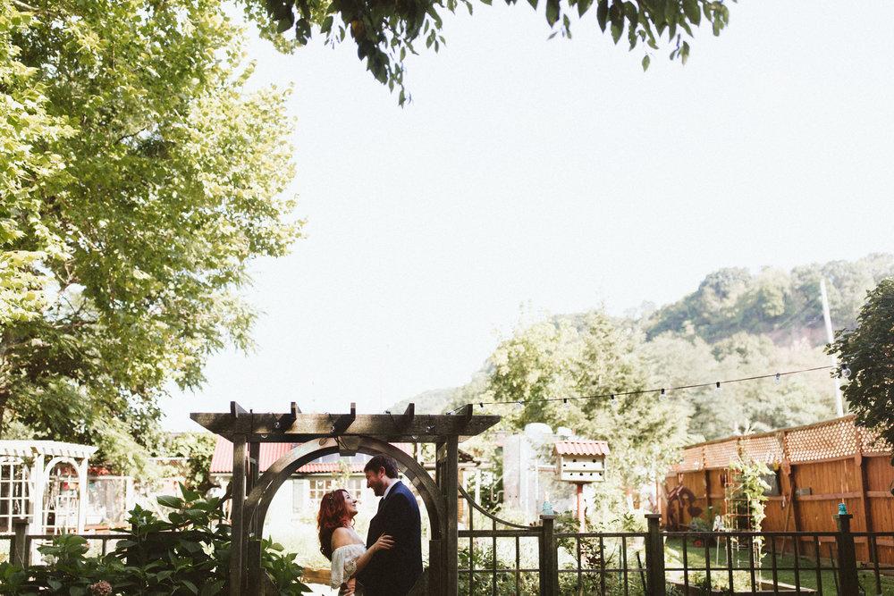 hotmetalstudio pittsburgh wedding photography-245.jpg