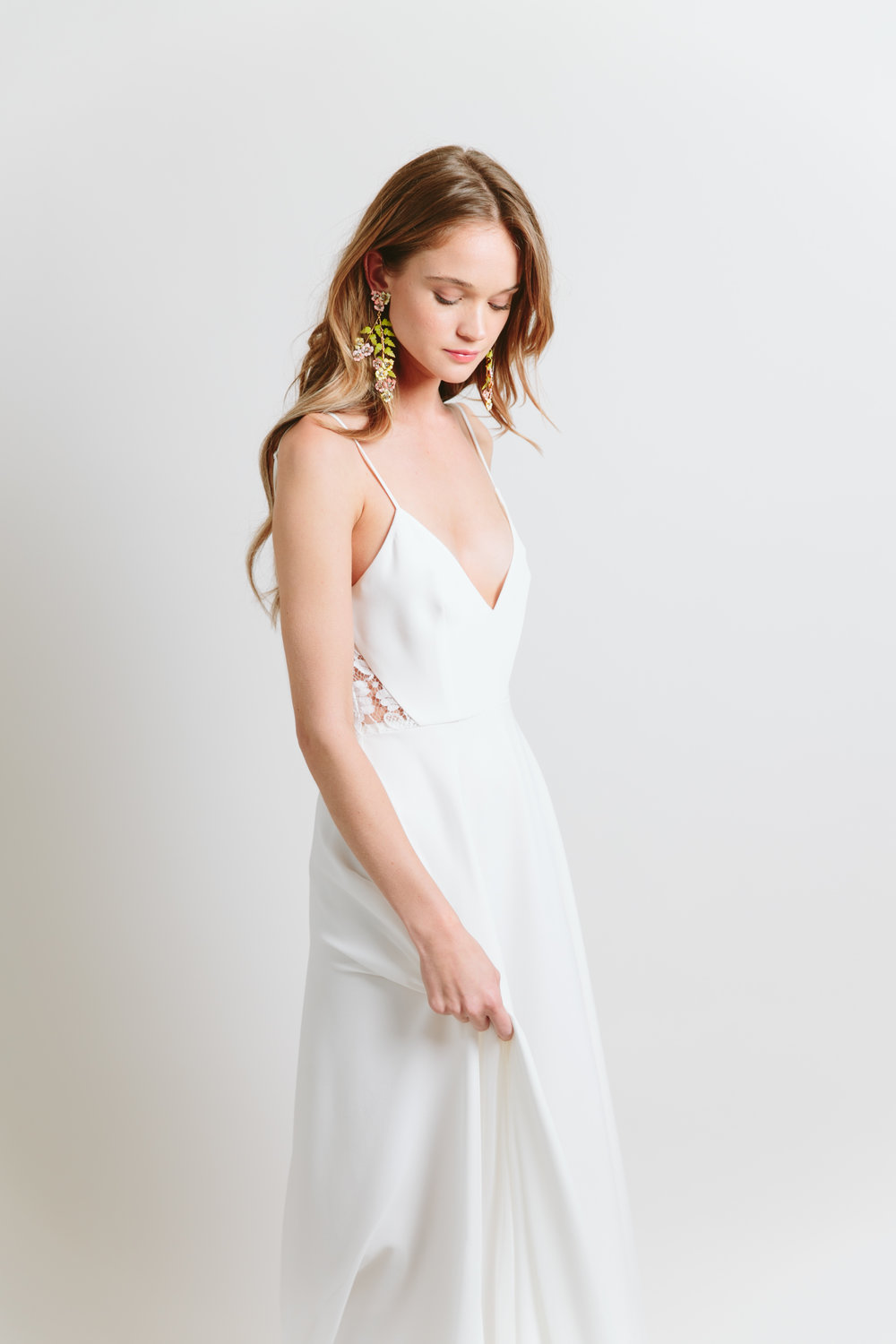 sarah seven minimal wedding dress
