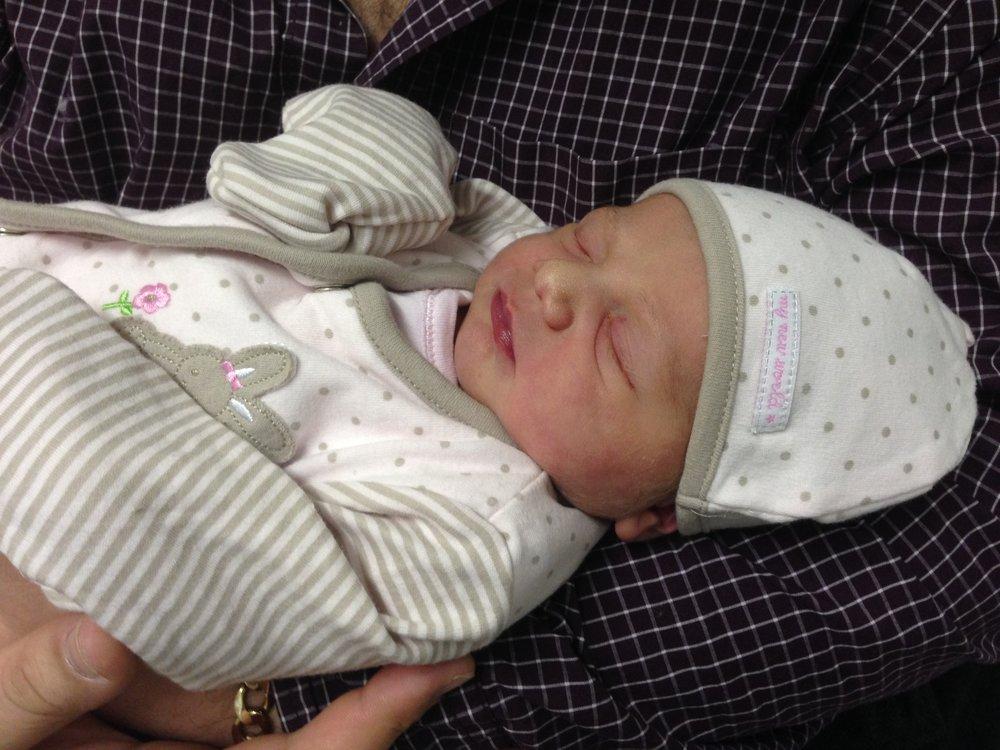newborn baby © mebecomingmum