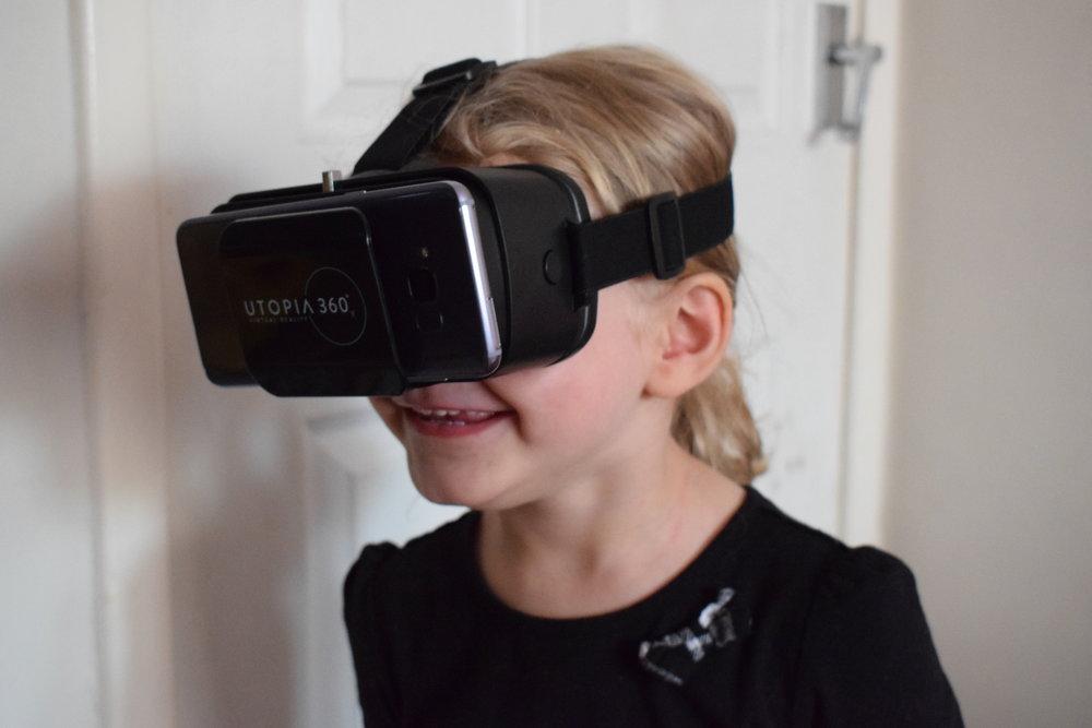 utopia 360° VR headset