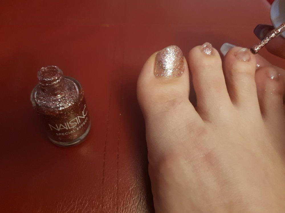 Nails Inc. special effect glitter nail varnish