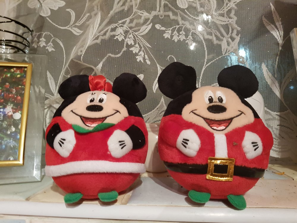 Disney Mickey and Minnie mouse beanie boos