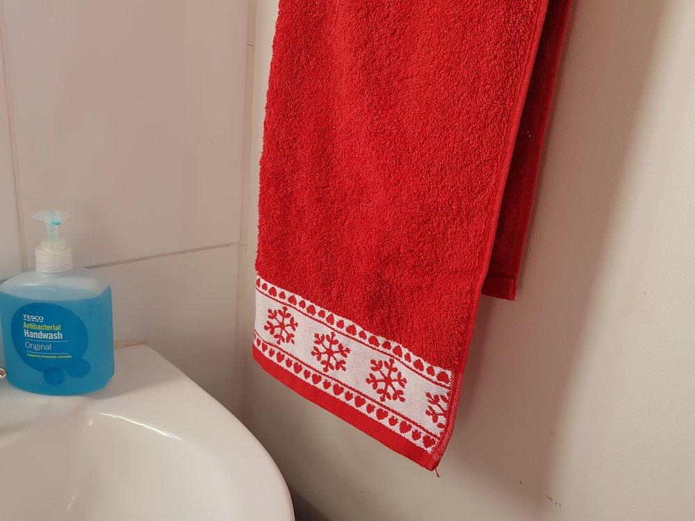 Christmas snowflake hand towel