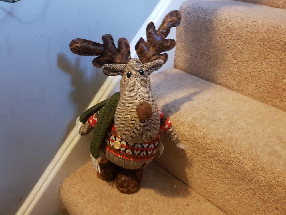 Freestanding reindeer decoration