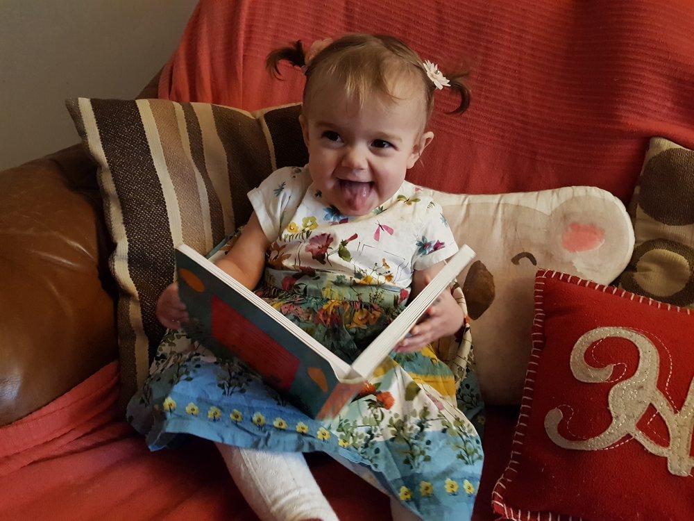Cheeky little book reader