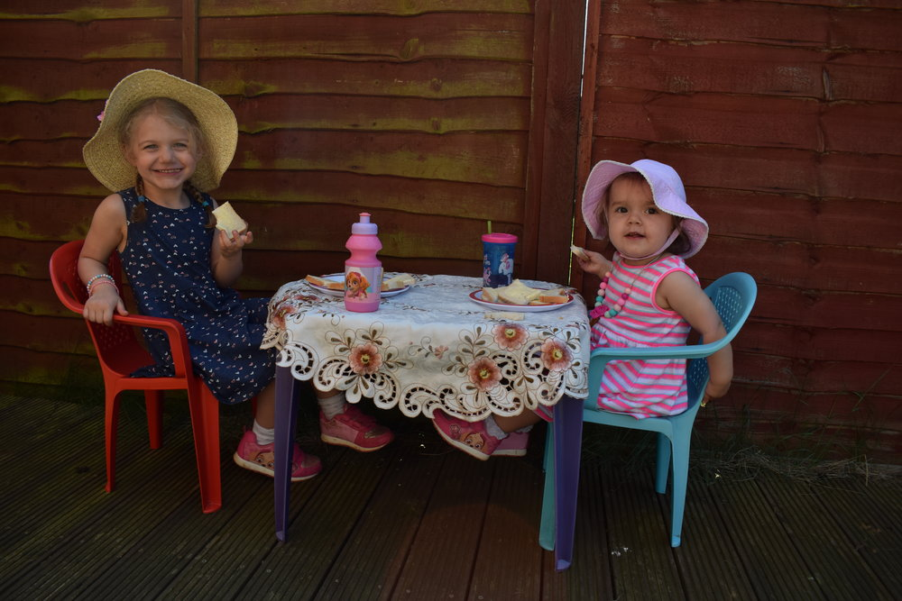 Lunchtime picnics in the garden
