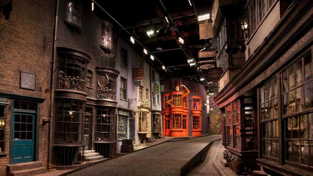 Warner Brothers Studio Tour Diagon Alley