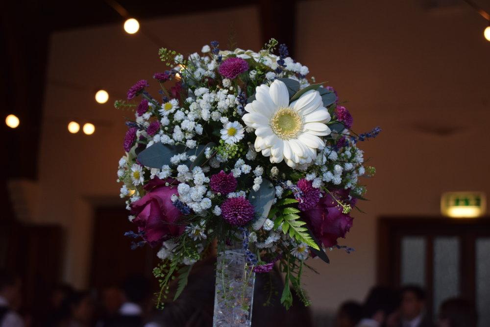 Wedding photo ideas: table centre pieces
