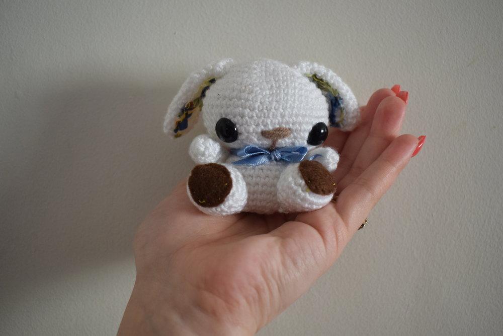 Mama Naii's Crochet miniature amigurmi bunny