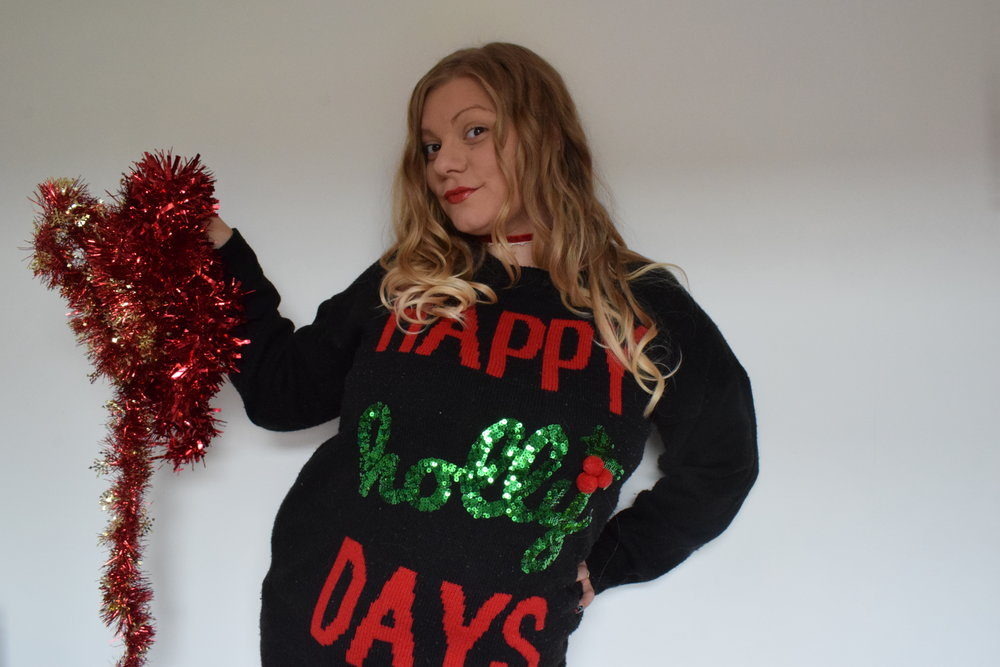 Primark Christmas jumper Happy Holly Days