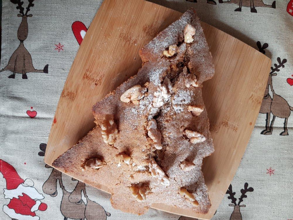 Christmas Tree Walnut Cake