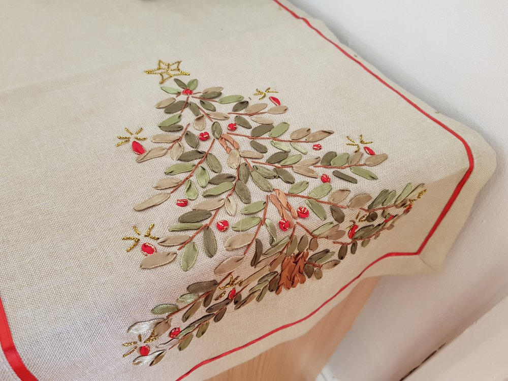 Christmas tree embroidered table runner