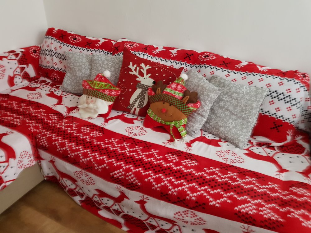 Christmas sofa blankets and cushions