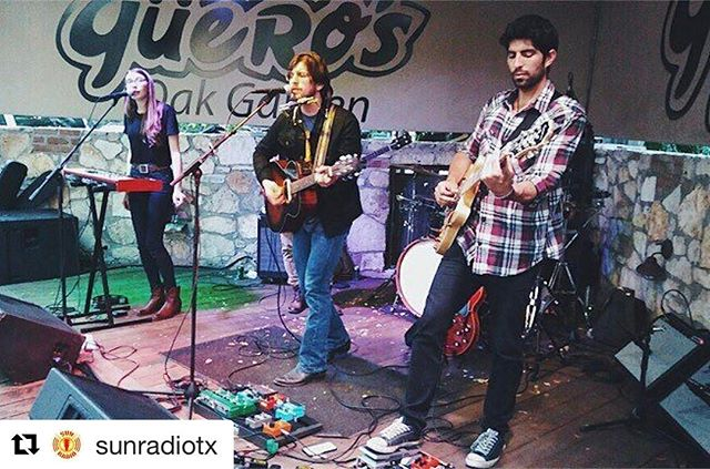 #tbt last week when we played Texas Radio Live! Support your local solar-powered roots rock n' roll station ☀️📻 Repost @sunradiotx ・・・ @tahomamusic on Texas Radio Live! Tune in at sunradio.com or 100.1 FM! #TexasRadioLive #SunRadio #FollowTheSun