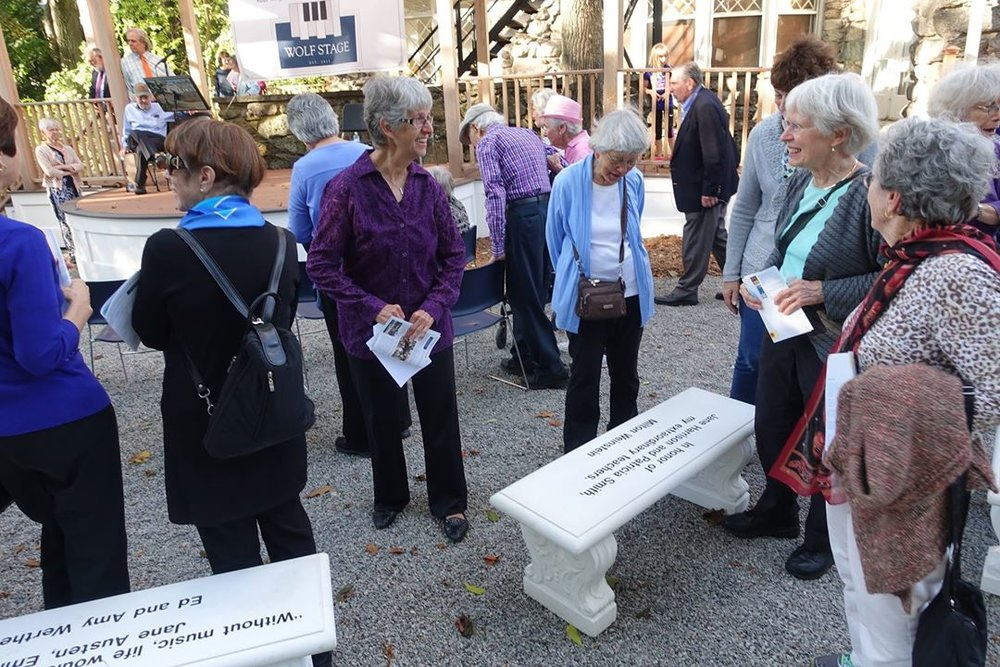 ANMS community members seeing the engraved benches for the first time.