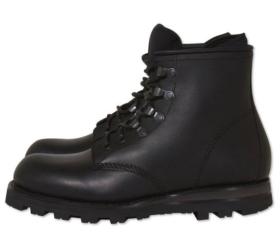 stussy-deluxe-bepositive-boots-4.jpg