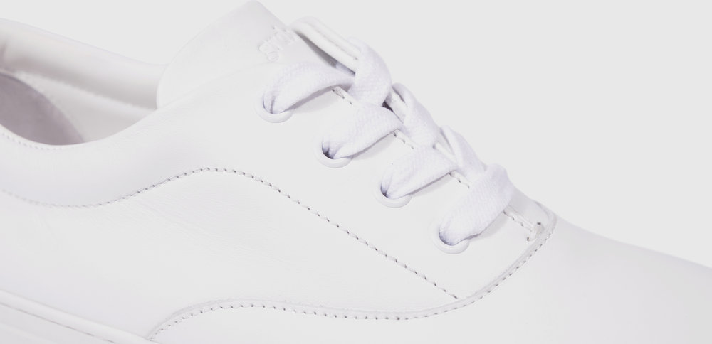balmoral-01-leather-white-01-m.jpg