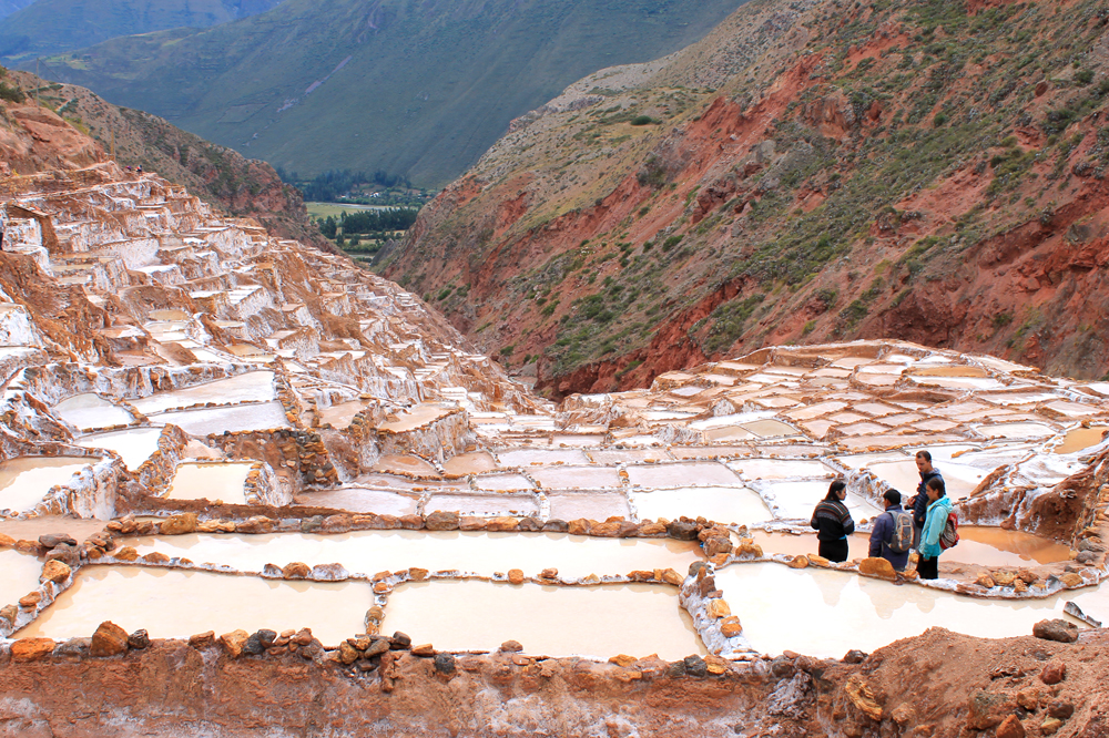 moray peru travel guide salinas de maras