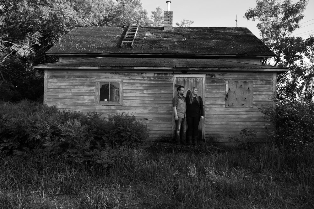 farm house black and white engagement session