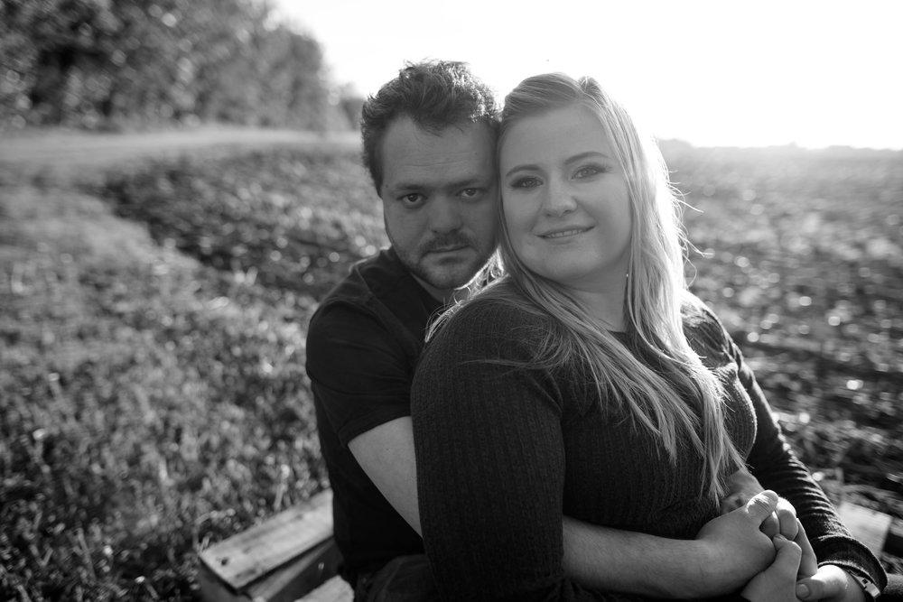 Edmonton engagement photographer | Lindsay Mills Westlock area